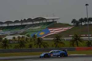 Super GT Race report Matsuda and De Oliveira take their first 2013 victory in Malaysia