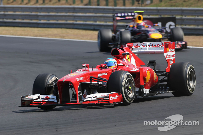 Red Bull runs with Alonso rumour