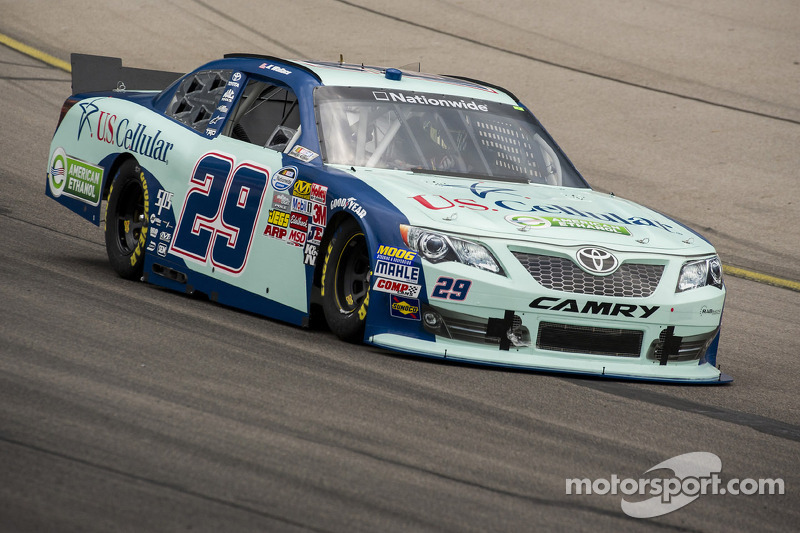 Kenny Wallace recovers from restart penalty, finishes 19th at Bristol