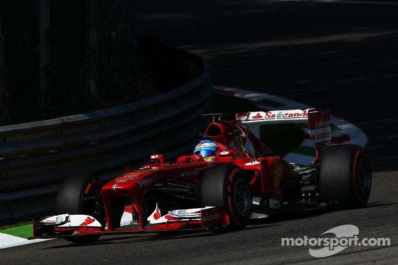 Alonso slammed 'stupid' Ferrari at Monza