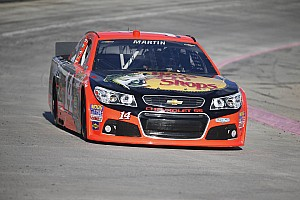 NASCAR Cup Race report Martin gets Martinsvilled