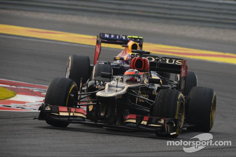 Raikkonen arrives in Abu Dhabi for practice