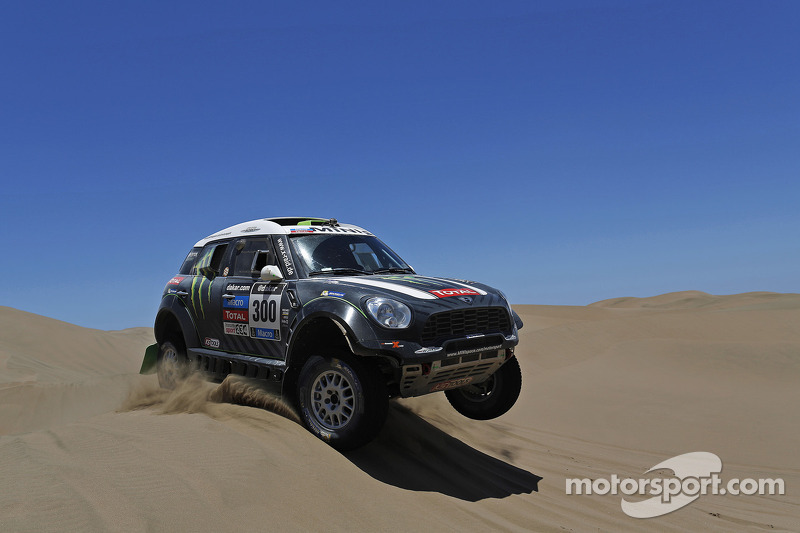 Peterhansel gives the Monster Energy X-raid Team its fifth stage win