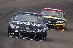 NASCAR Cup Race report Martin Truex Jr. slips to 14th after strong performance in Las Vegas