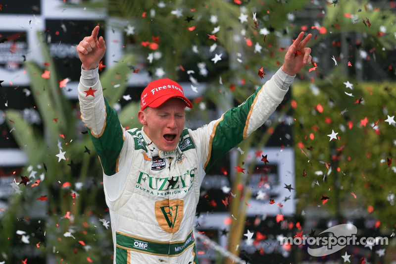 Conway prevails for the second time at Long Beach