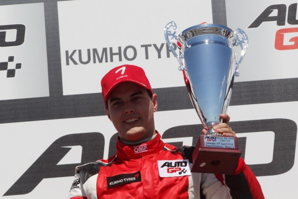Auto GP Le Castellet, race-1: Tamas Pal Kiss (Zele Racing) scores maiden Auto GP win