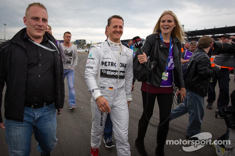 Schumacher has not woken up - manager