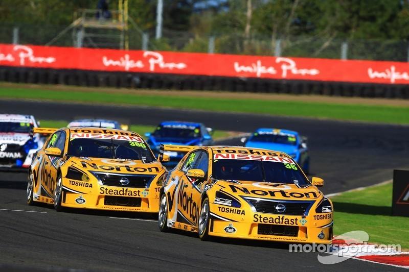 Michael Caruso and Rick Kelly finish 5th and 8th in New Zealand