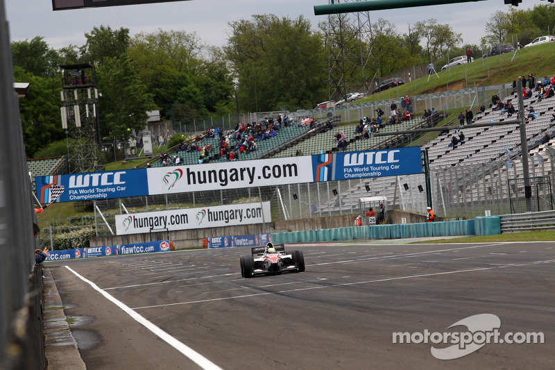 Budapest, race-2: Kimiya Sato completes week-end sweep