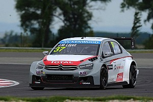 WTCC Qualifying report López takes pole in Slovakia debut - Citroën goes 1-2-3
