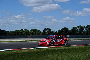 WTCC Testing report Teams Lada, Campos And Münnich test at Slovakia Ring