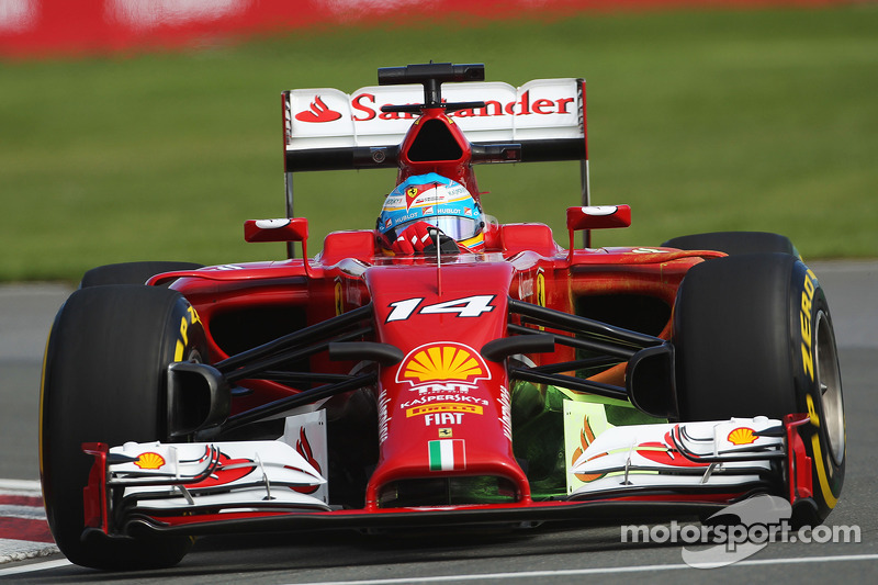 Alonso paces FP1 in Canada