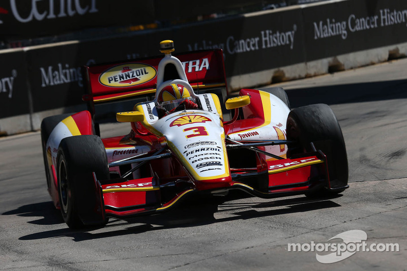 Castroneves looking to redeem himself in Houston