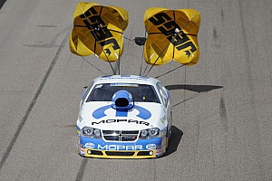 NHRA Qualifying report Johnson on top of Mopar Mile High NHRA Nationals Pro Stock qualifying