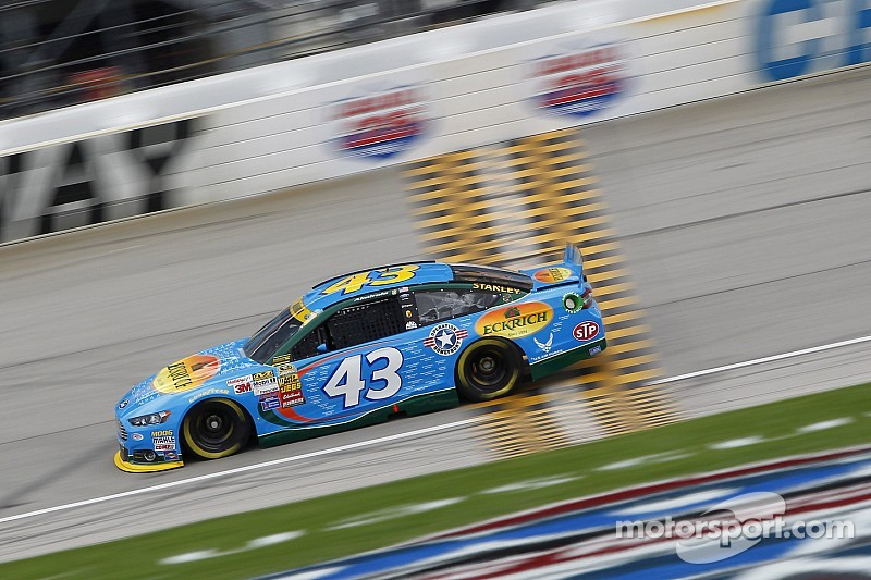 Almirola 'heartbroken' over untimely blown engine