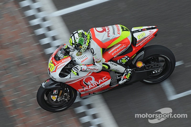 A good first session for Iannone and the GP14.2