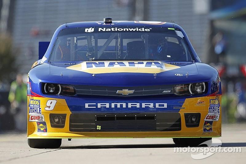 """Elliott """"chasing"""" NASCAR history"""