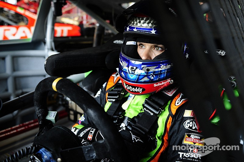 """Danica Patrick: """"I'm not tired from the season, I'm tired of the season"""""""