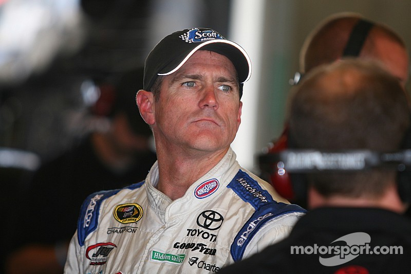Ex-NASCAR champ Bobby Labonte not ready to hang up his helmet