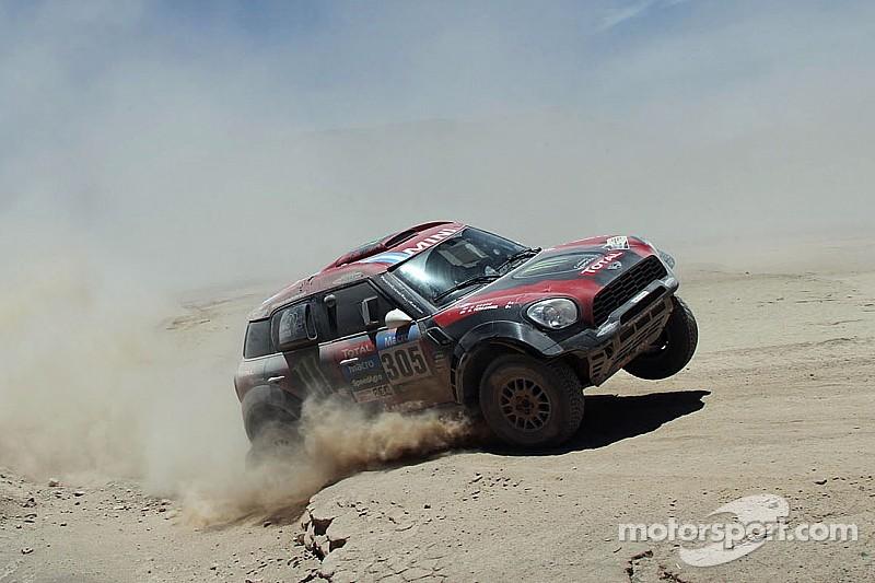 Orlando Terranova wins stage seven at the 2015 Dakar Rally