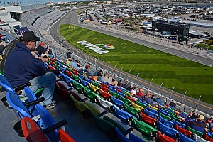 NASCAR Cup Practice report Only five cars take part in Thursday Daytona 500 practice