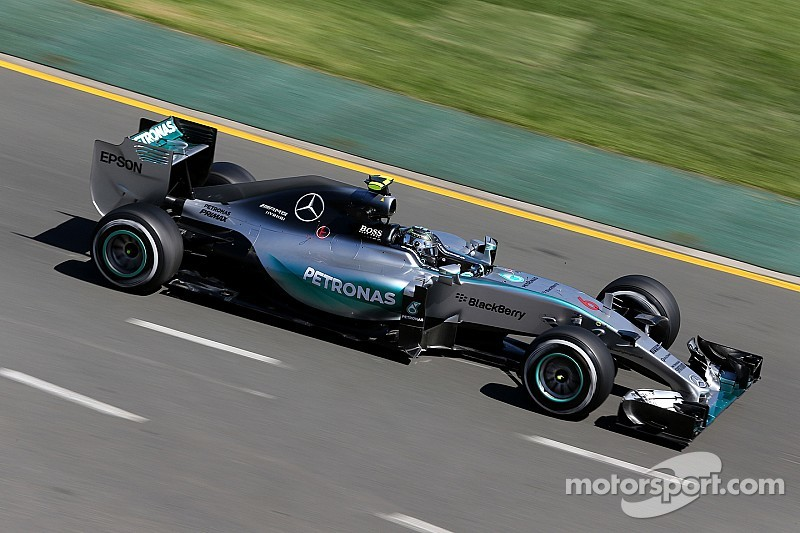 Rosberg beats Hamilton by 0.029s in first F1 session of 2015