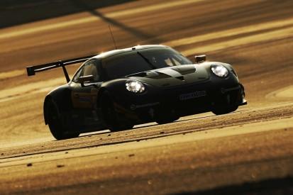 Porsche testet 911 RSR wieder mit Zentralauspuff