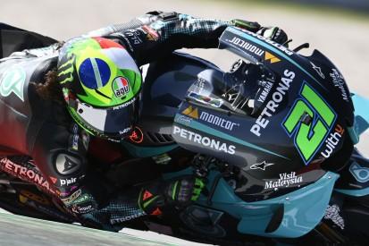 MotoGP Barcelona Qualifying: Yamaha-Trio dominiert, Rossi in Reihe eins!
