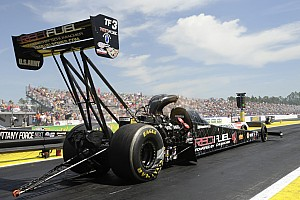 NHRA Qualifying report Beckman, Massey and S. Gray race to qualifying leads at Houston