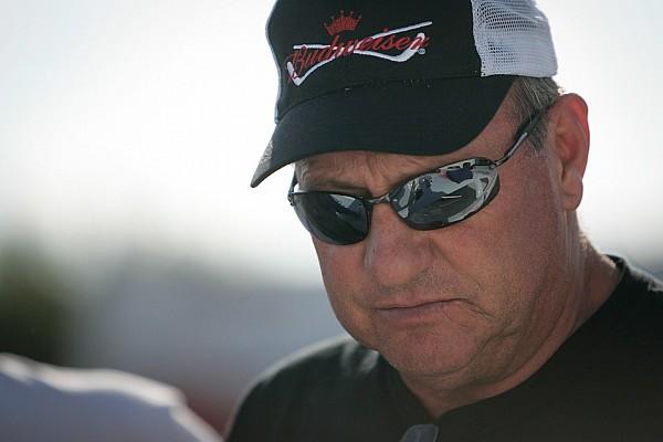 ARCA NASCAR veteran Ken Schrader dominates at Salem