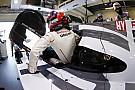 Porsche quedó al frente en una práctica mojada en Spa