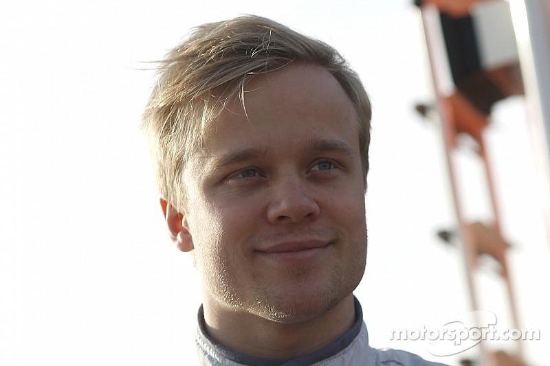 Felix Rosenqvist perpétue sa domination avec la pole position