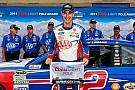 Logano edges Kahne for Sprint Cup pole at Kansas