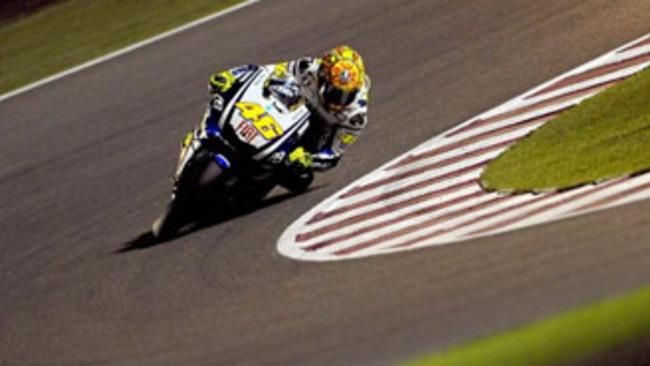 MotoGP 2010, Qatar: Stoner cade, Rossi c'è