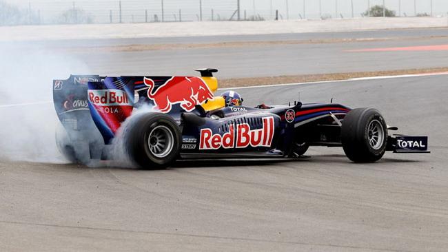 Coulthard ha inaugurato la nuova Silvestone