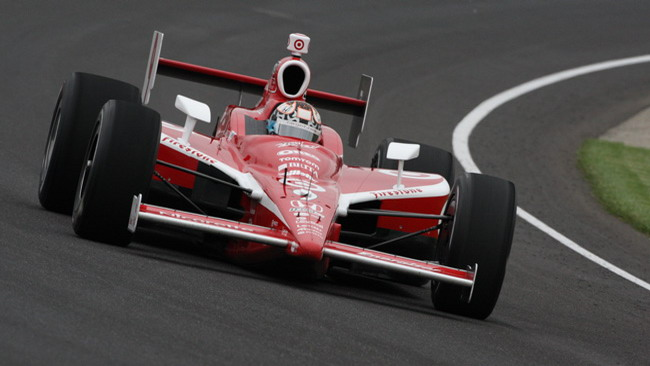 Indy 500: Dixon continua a dettare il passo