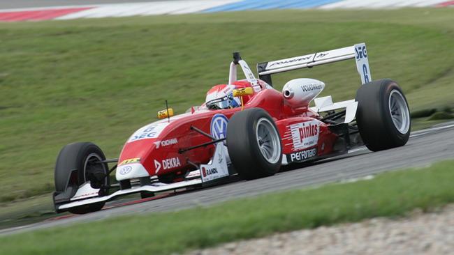Rosenqvist fa sua la pole di gara 2