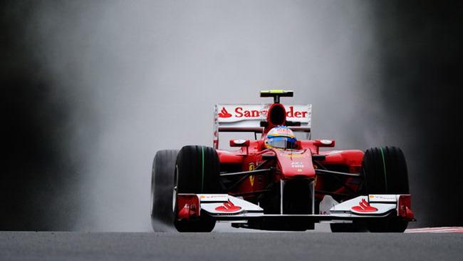 Libere 1: Alonso bagnato, Ferrari fortunata?