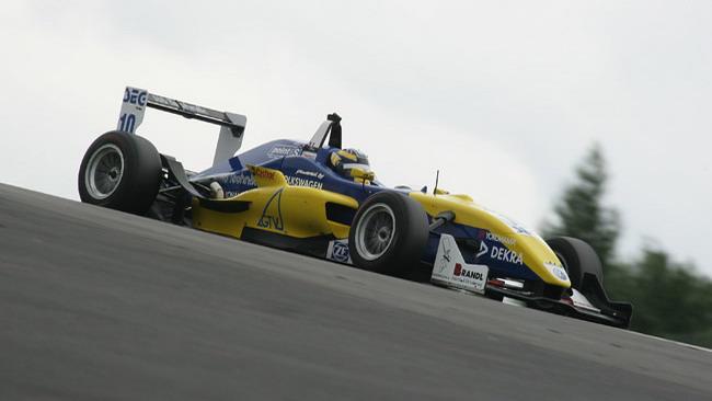 Dillman soffia la pole di gara 2 a Sorensen