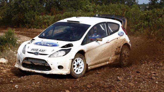 Primi passi con la Fiesta WRC per Hirvonen e Latvala