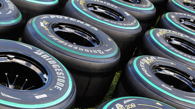 Gomme medie e super soft per Interlagos