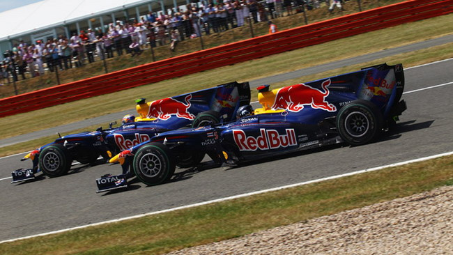 Red Bull: piloti liberi di lottare anche nel 2011