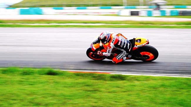 Sepang, Day 1: Pedrosa leader alle 15, Rossi indietro