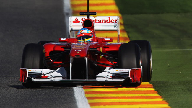 Valencia, Day 2: Alonso risponde alla Red Bull
