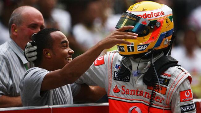 Il fratello di Hamilton correrà nella Clio Cup UK