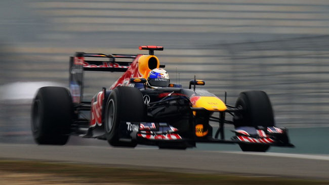 Shanghai, Libere 2: le McLaren tallonano Vettel