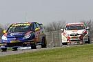 Nuove limitazioni ai turbo per Thruxton