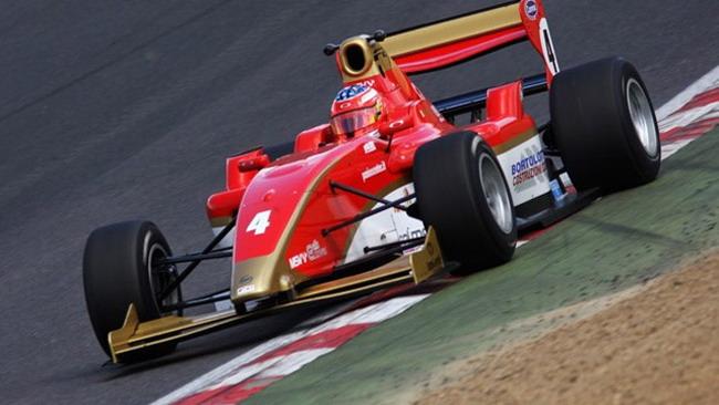 Bortolotti domina le prime libere a Brands Hatch
