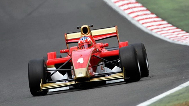 Bortolotti al palo in gara 2 a Brands Hatch