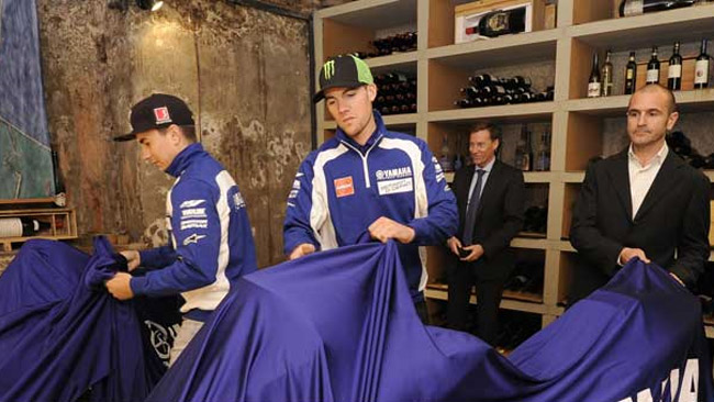 La Yamaha mostra i colori 2012 ai suoi partner
